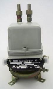 Differential pressure gauge DME-MI