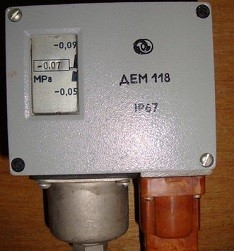 Pressure switch DEM-118