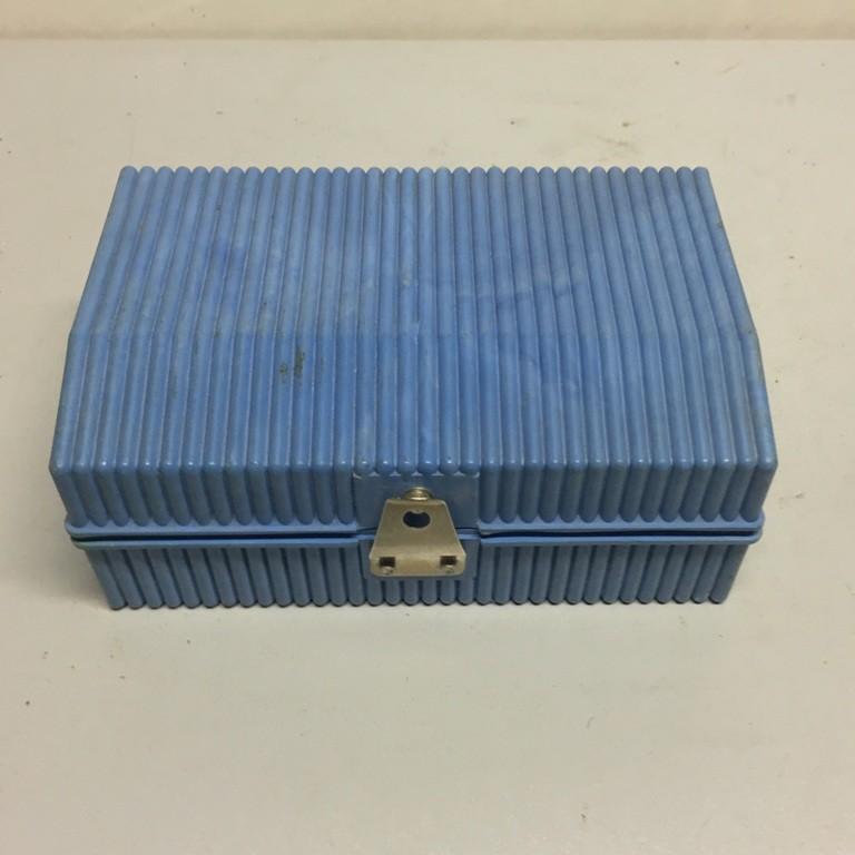 Вольтметр аккумуляторный М2033