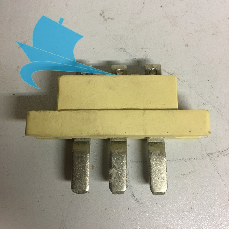 Вилка контактная нагревателя шкафа плиты ПКЭ (647-52.3155)