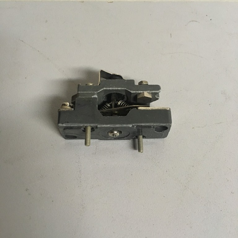 Changeover block contact to the contactor KM 2000 5BS.551.064