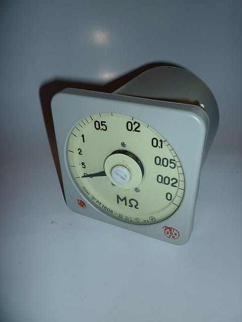 Megohmmeter М1608 with add. Device.5-0 Ohm