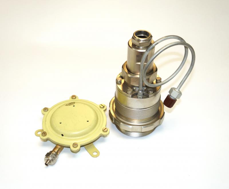 Сигнализатор давления корабельный СДК-60