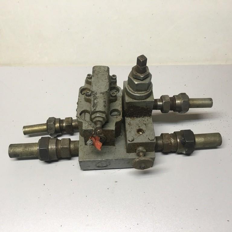 Блок гидрооборудования 1.318-605 (старого образца)